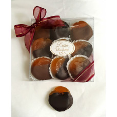 Apricots Dipped in Chocolate (Box of 9 Jumbo)