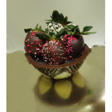 Strawberries Dipped in Chocolate (Chocolate Bowl with 5)